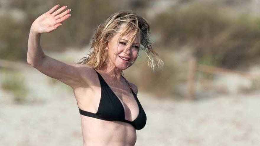 Melanie Griffith elige Ibiza para sus vacaciones