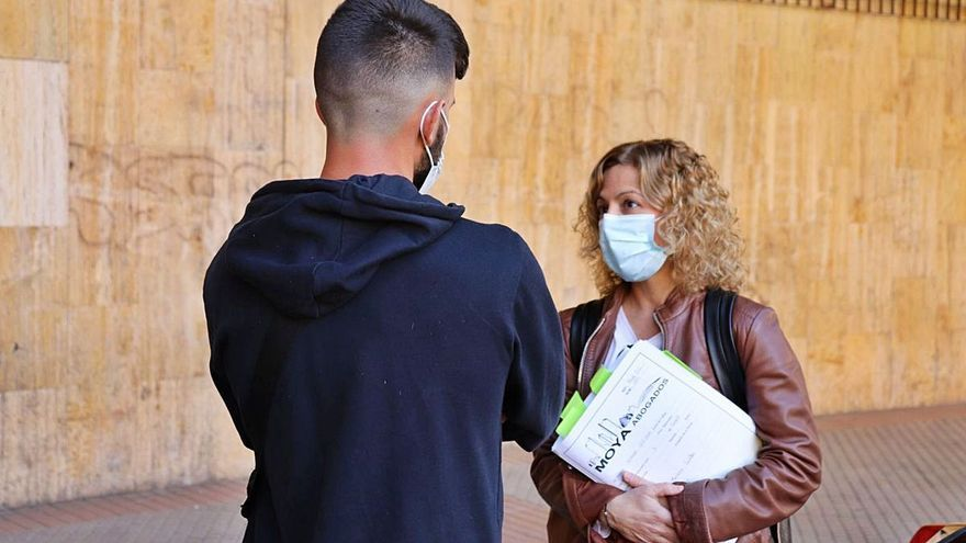 Procesado por homicidio un joven que trataba de defender a su madre en Valencia