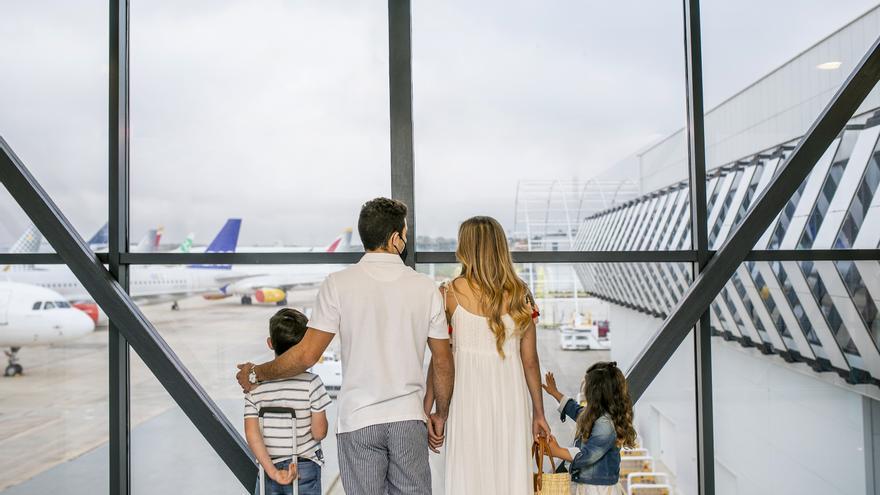 El aeropuerto de Castellón estrena nueva conexión con Sevilla