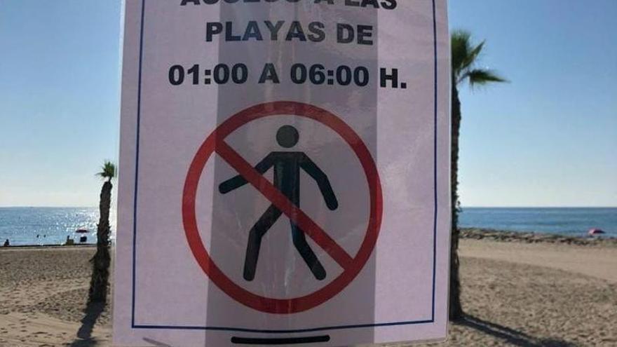 Veinte sanciones en una sola noche por celebrar botellones en las playas de El Campello
