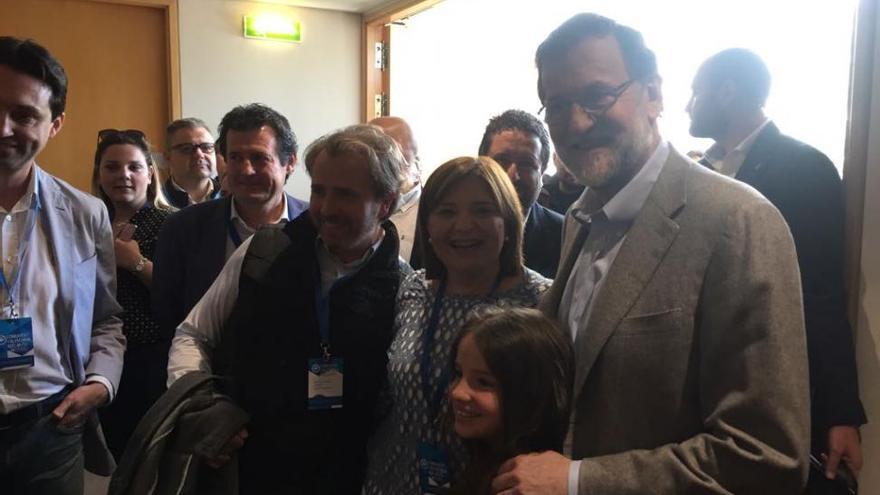 Rajoy llega al congreso del PPCV para respaldar el liderazgo de Bonig