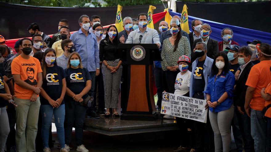 """El chavismo dice que """"no padece amnesia"""" y pide a Guaidó que reconozca sus """"crímenes horrendos"""""""