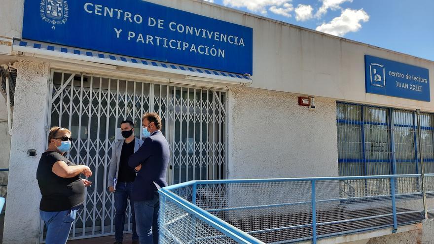 Compromís denuncia el cierre de bibliotecas en Alicante