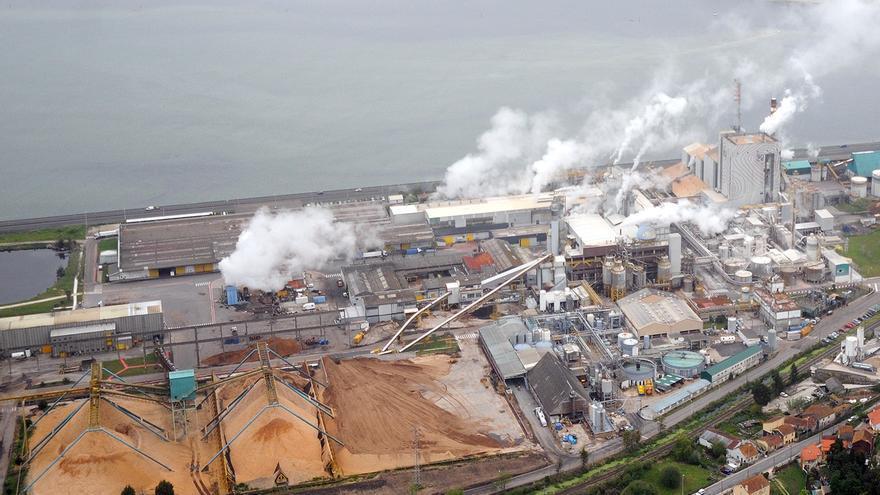 El cierre de Elnosa permite dejar sin efecto el plan de emergencia exterior del complejo industrial de Lourizán