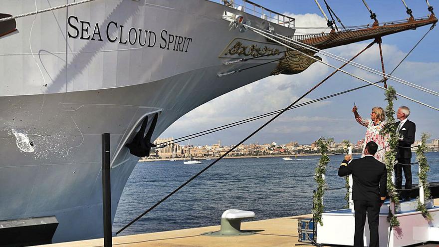 Otro 'Sea Cloud' camino de las Islas