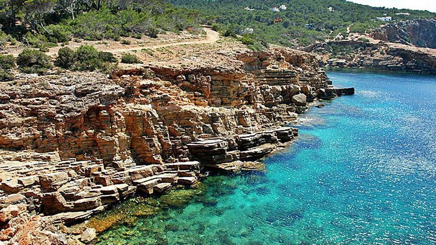 Fallece en Ibiza un joven que practicaba la pesca submarina