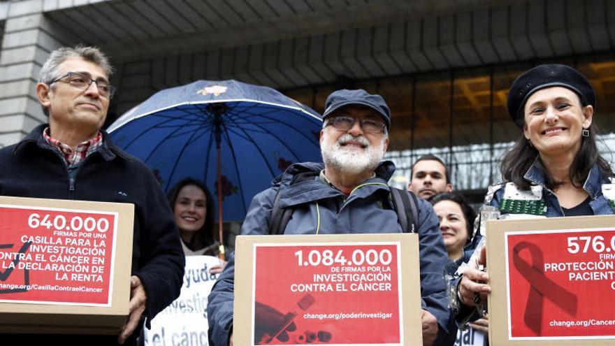 2 milions de signatures per una casella a la renda per lluitar contra el càncer