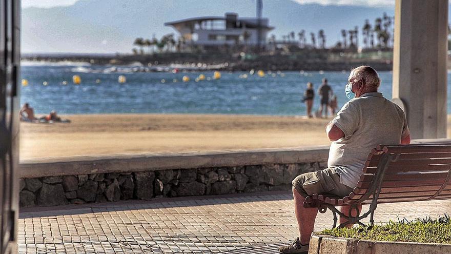 La presión de las UCI en Canarias es la más baja desde finales de enero