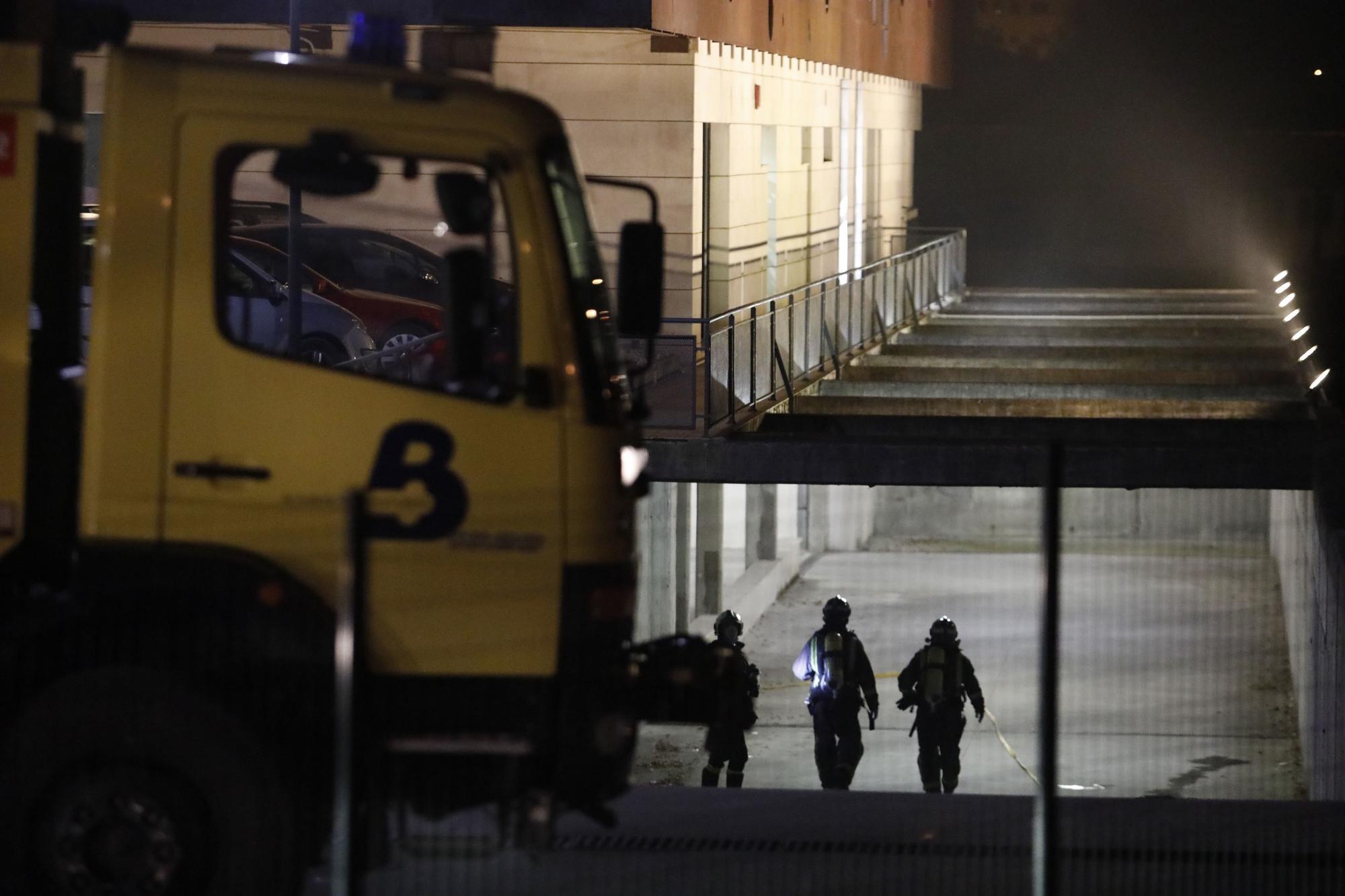 Un incendio obliga a desalojar a pacientes mayores con covid del centro de Barros