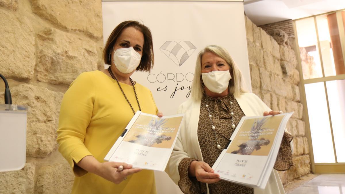 Blanca Torrent y Milagrosa Gómez presentan el plan de formación digital para las empresas de joyería de Córdoba