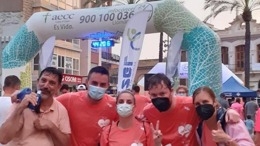Torrent recauda 9935 € en la carrera solidaria contra el càncer