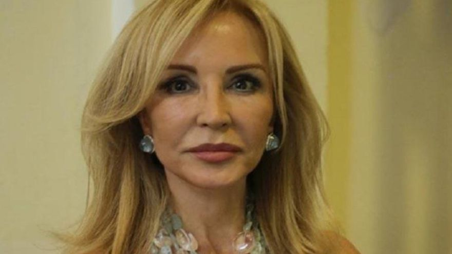 Carmen Lomana critica a Pedro Sánchez en Twitter y recibe una masiva respuesta