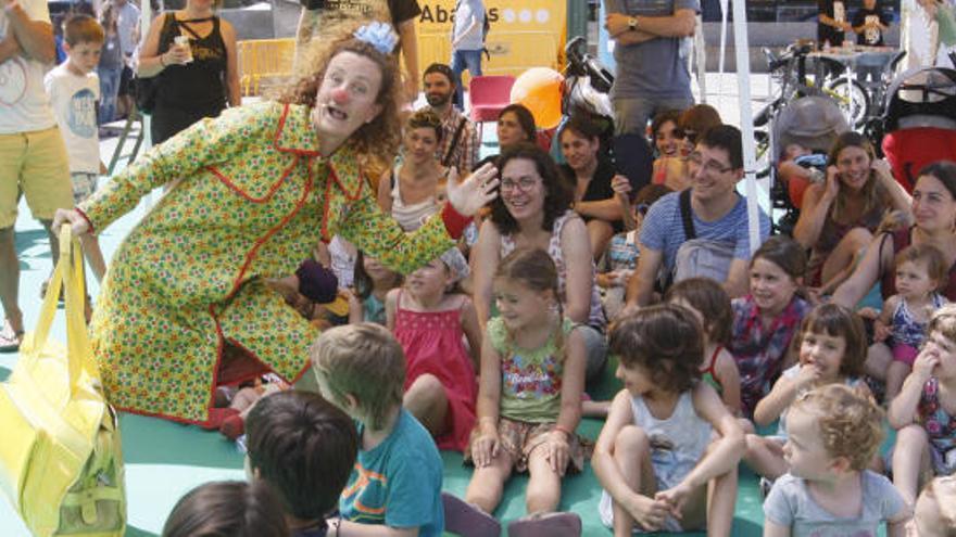 La 7a edició del Ludivers recupera els jocs tradicionals las jardins de la Devesa de Girona