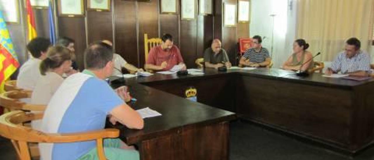 El PP detecta con tres años de retraso que no cambió una norma al gobernar en Quartell