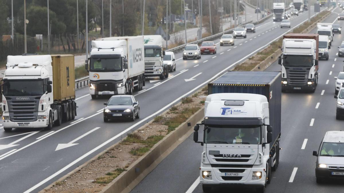 En febrero se vendieron en Europa 177.974 camiones y autobuses.
