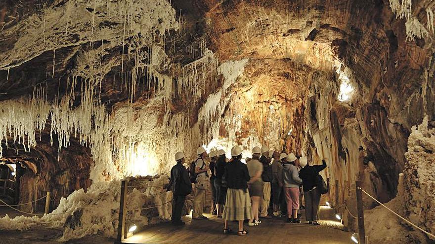El Col·legi de Geòlegs recomana la muntanya de sal de Cardona