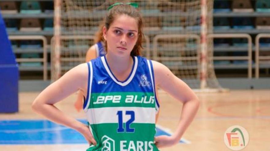 Catarina Barreiros, juventud y talento para el Milar Córdoba BF