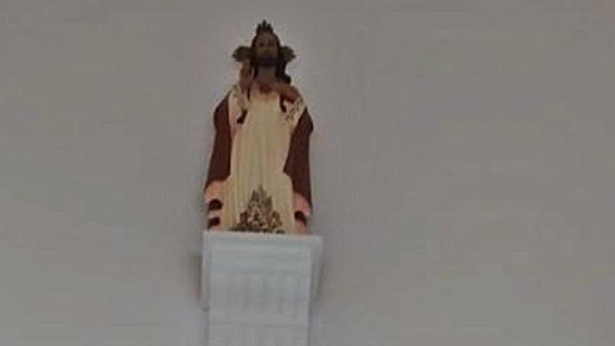 La imagen de Cristo sobre las escaleras del consistorio. | LEVANTE-EMV