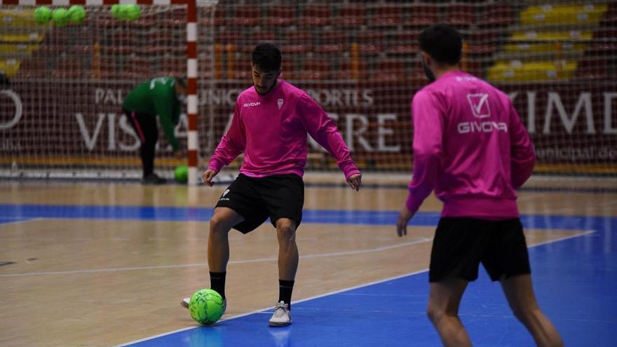 Un Córdoba Futsal reforzado continúa la preparación del derbi ante el Betis FS