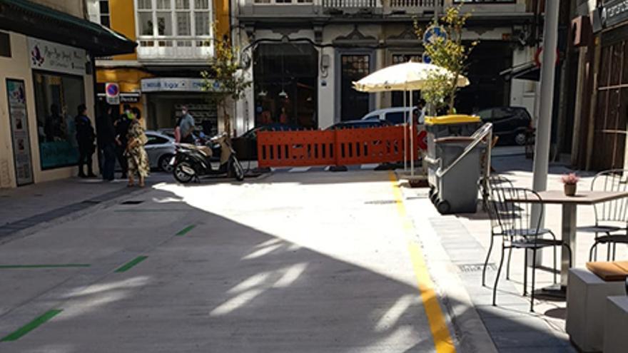 El Concello reabre al tráfico la calle Pintor Joaquín Vaamonde