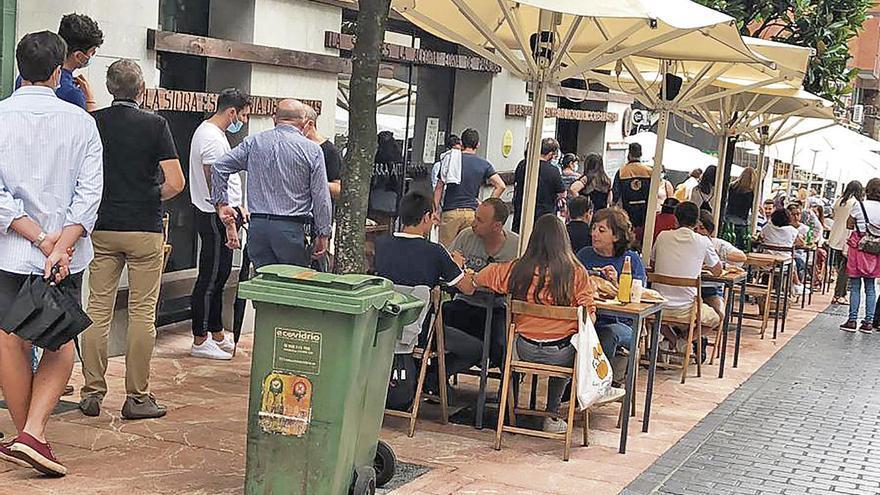 """Colas para comer en Gascona en un verano """"normal pese al virus"""""""