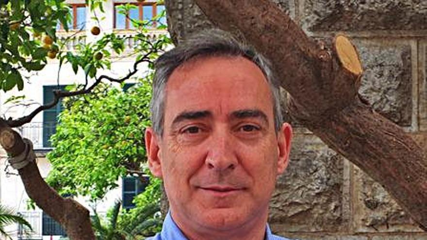 Carlos Simarro: «El rescate fue una maniobra caprichosa  de propaganda que tarde o temprano pagaremos todos»