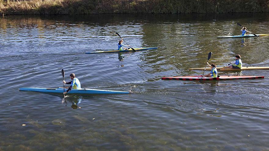 Iberdrola rechaza que técnicos municipales manejen las compuertas de la presa de Lada