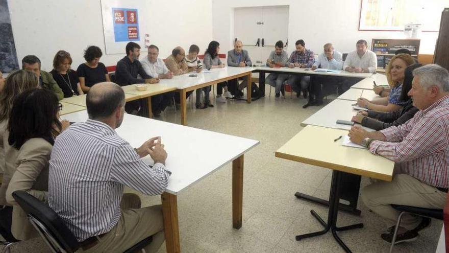 El PSOE de A Coruña mediará para retomar el bipartito del Concello de Ferrol