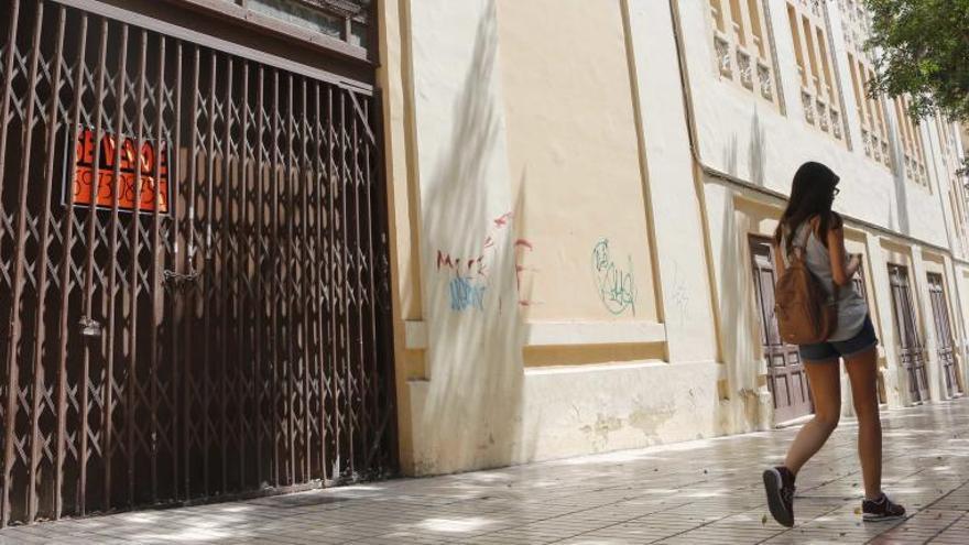 Trinitario Casanova compra el antiguo Cine Ideal en Alicante para convertirlo en hotel