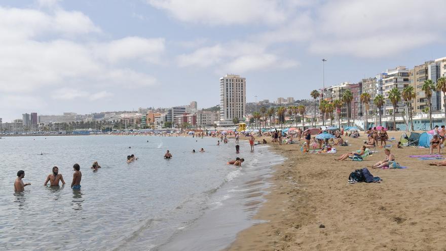 Canarias, segunda comunidad que más crece por la recuperación del turismo