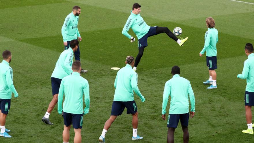 El Reial Madrid, obligat a vèncer el Galatasaray si vol aplanar el camí de vuitens
