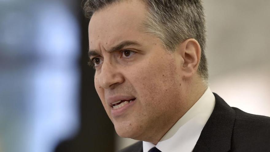 Adib renuncia como primer ministro del Líbano