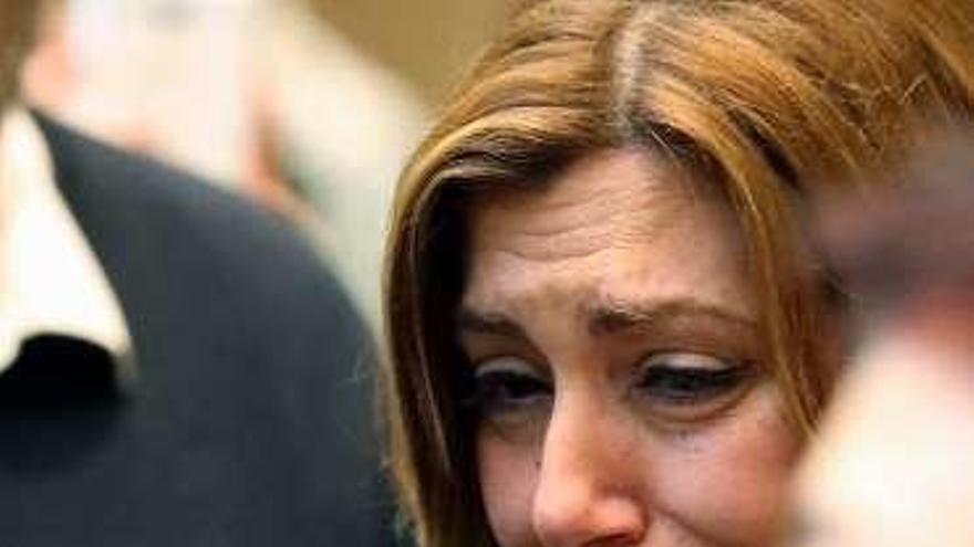La despedida a Carme Chacón abre una tregua en la batalla interna del PSOE