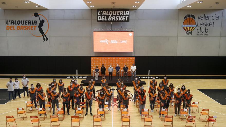 Graduación de cadetes en l'Alqueria del Basket