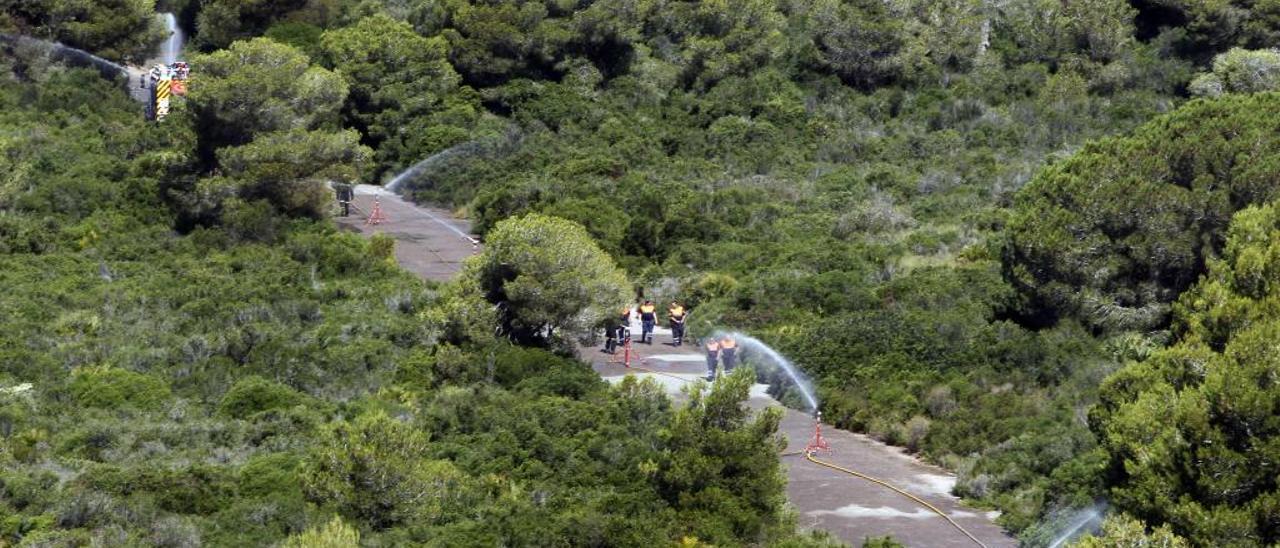 Pruebas del sistema de monitorización y cañones de agua en el Parque Natural.