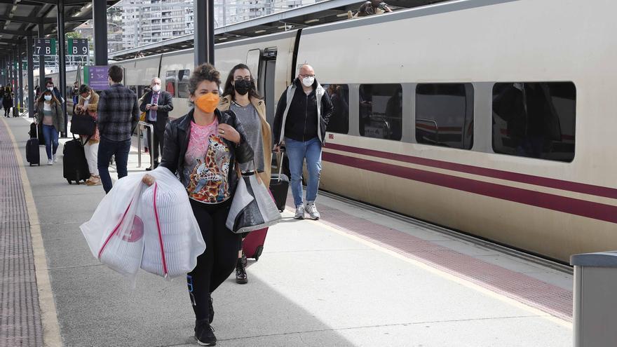 Convocan concentraciones en Vigo y A Coruña para exigir nueve líneas de cercanías en Galicia