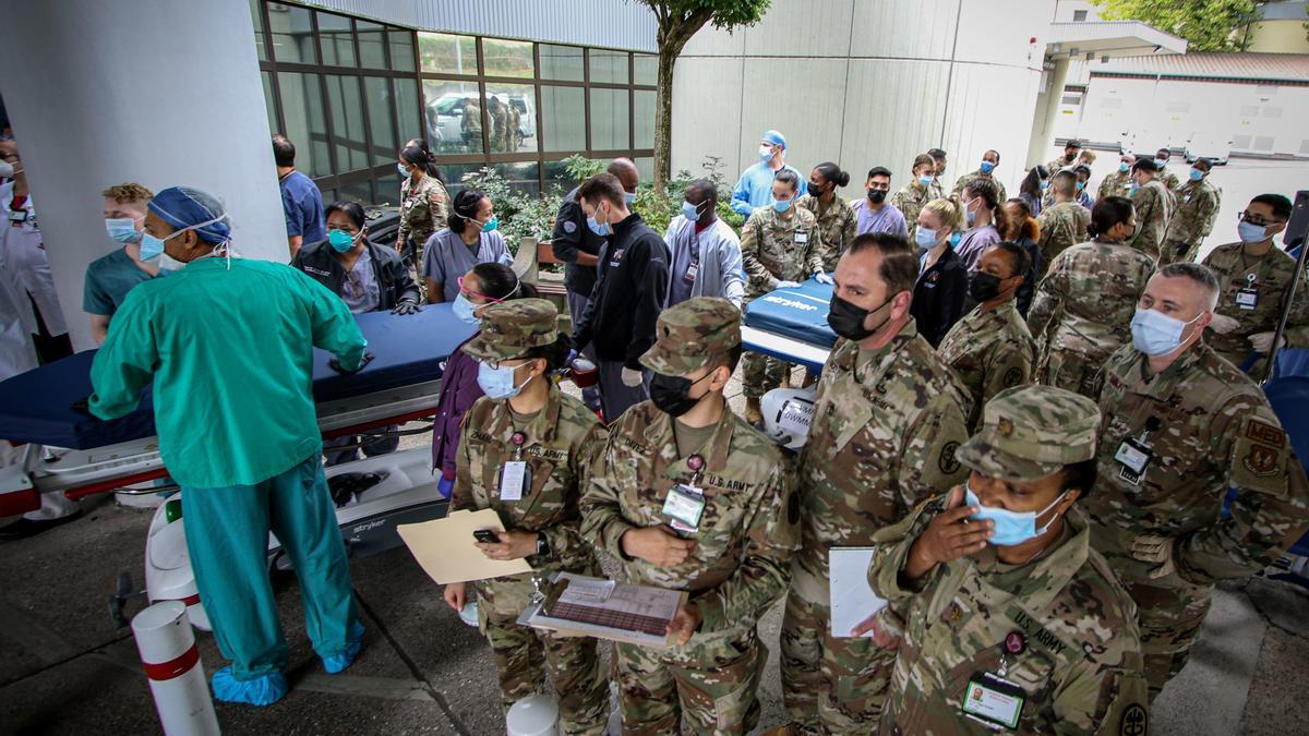 Soldados y personal americano en Kabul