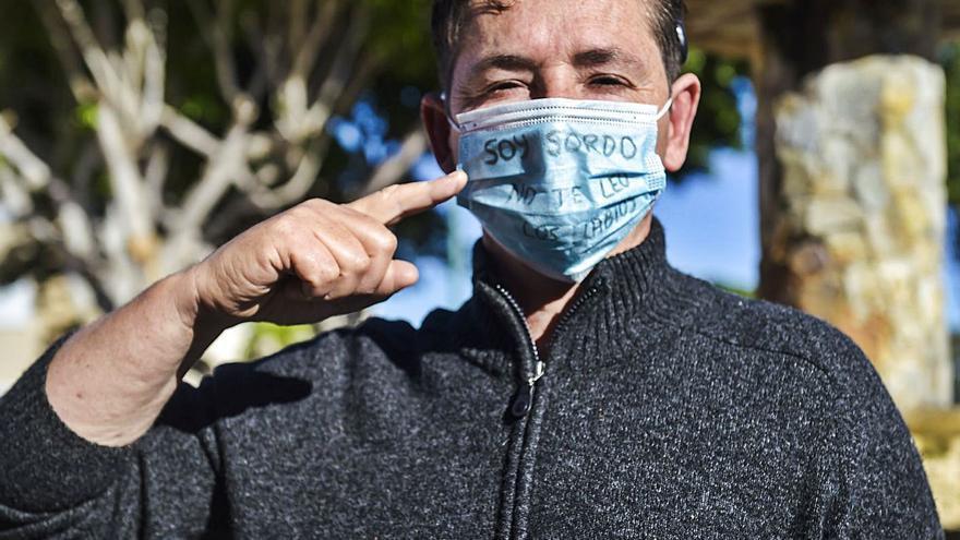 """Marcos Lechet: """"La pandemia se ha olvidado de las personas sordas, que vivimos dos confinamientos"""""""