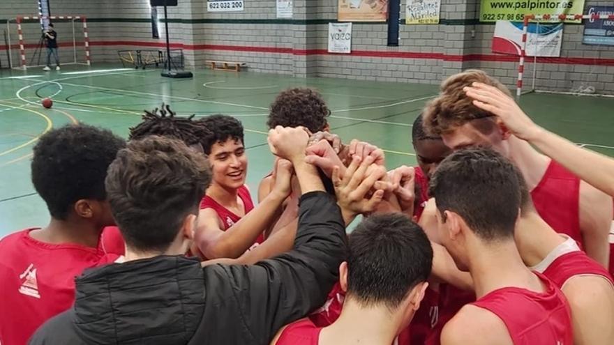 La Canarias Basketball Academy negocia instalarse en Extremadura