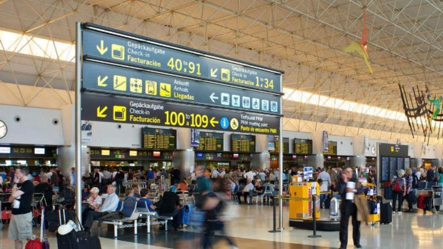 Las agencias piden extender el descuento de residente canario a todos los españoles