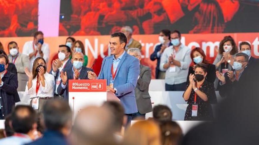 """Sánchez elogia el """"potencial"""" de Extremadura para el coche eléctrico"""