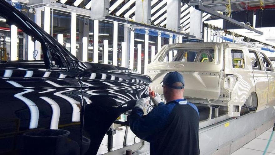 Ford parará Almussafes otros 14 días y hará un recorte rotatorio de 600 empleos