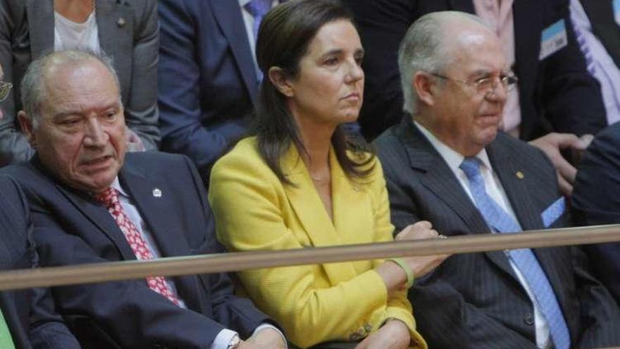 """Santalices pide a los diputados gallegos que trabajen con """"respeto"""""""