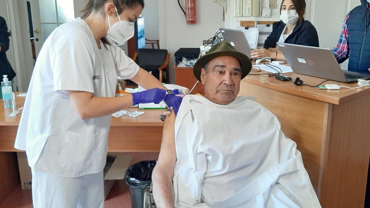 El primer vacunado de la covid en Alicante.