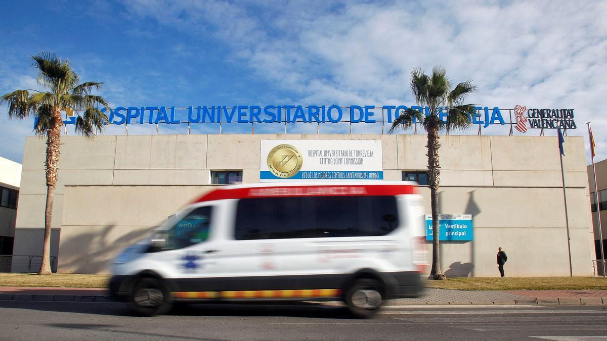Sanidad anuncia la gestión directa en el área de Torrevieja