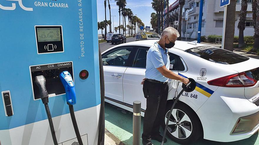 20.000 coches eléctricos al año para alcanzar la meta de descarbonización en Canarias