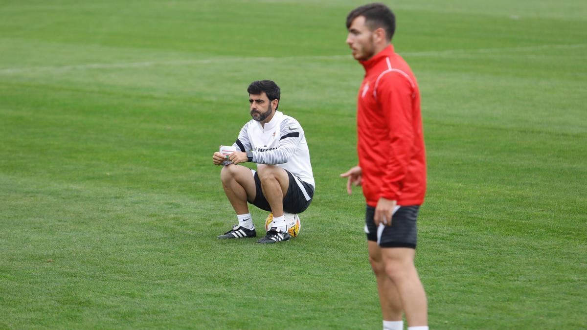 Gallego, junto a Campuzano, en un entrenamiento de esta pretemporada en Mareo