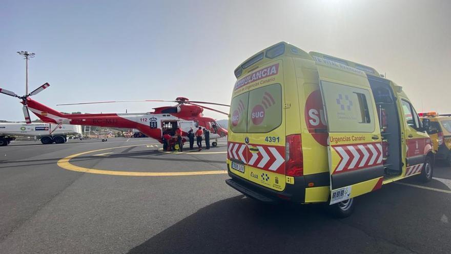 Evacuado en helicóptero tras la caída de un árbol en Los Realejos