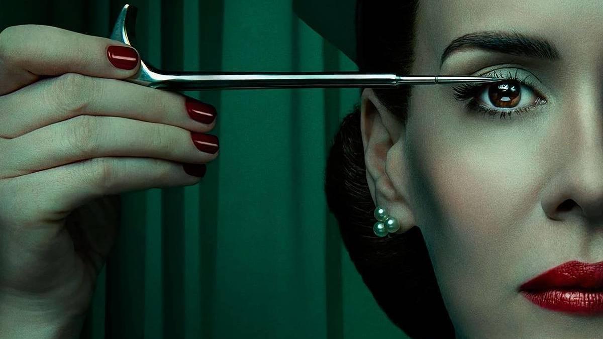 Imagen de la serie de televisión Ratched recién estrenada en Netflix.