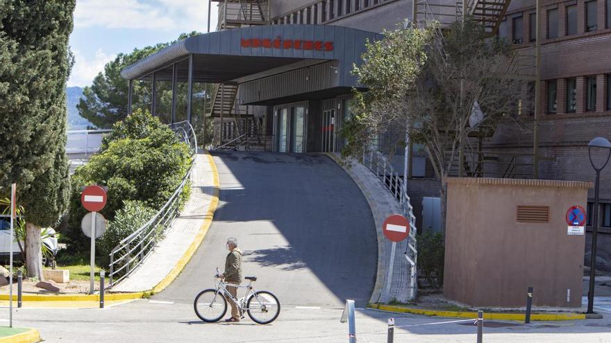 La ocupación de las UCI por covid llega al 50 % por la quinta ola